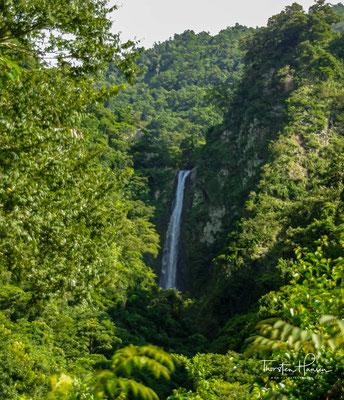 Der Caihong Wasserfall - der Regenbogen Wasserfall