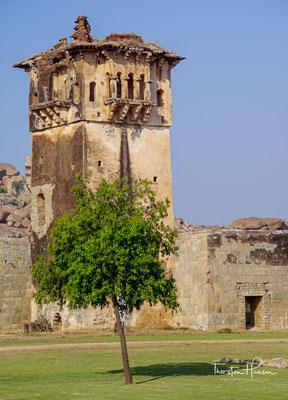 Das ganze Gebiet diente als Friedhof für die muslimischen Eliten der Hauptstadt Vijayanagara.