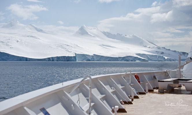 Die Die M/S Zaandam ist ein modernes Kreuzfahrtschiff mit klassischem Ambiente. Besonder ist das großzügigem Platzangebot für alle Gäste.