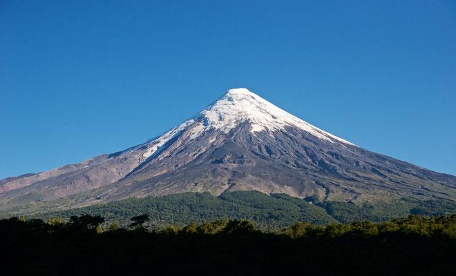 Er gilt als kleiner Fuji Chiles. Der Osorno ist eines der beliebtesten Touristenziele Chiles.