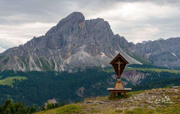 Der Peitlerkofel (ladinisch Sas de Pütia, italienisch Sass de Putia) ist mit 2875 m der höchste Berg der Peitlerkofelgruppe in den Dolomiten in Südtirol, Italien.