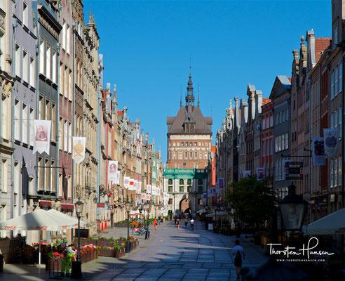 Der Lange Markt in Danzig (auf polnisch: Długi Targ) ist ein seit dem 17. Jahrhundert bestehender Platz, an dem wohlhabende Danziger Bürger wohnten.