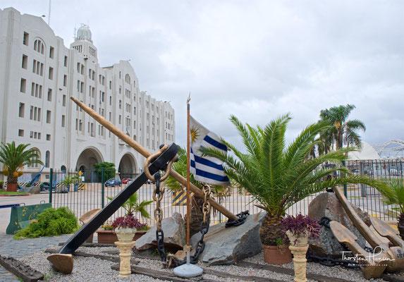 Graf-Spee-Denkmal im Hafen von Montevideo