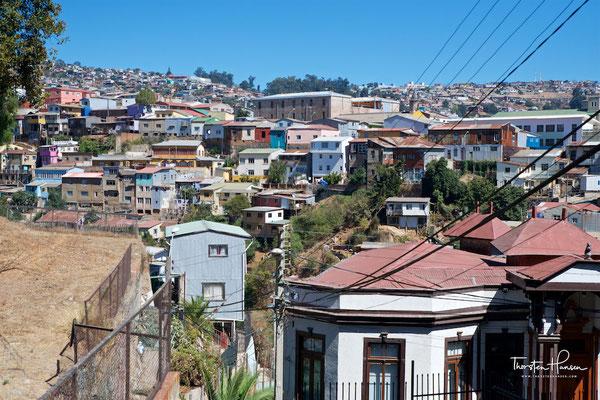 Valparaíso ist eine Hafenstadt in Chile mit 252.888 Einwohnern. Die Agglomeration Valparaísos umfasst 901.468 Einwohner.