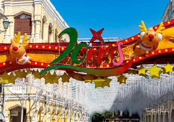 Auf dem Platz fanden viele große Veranstaltungen in Macau statt, darunter Feste, Flohmärkte und Aufführungen. Die Gouverneure von Macau inspizierten dort auch ihre Truppen.