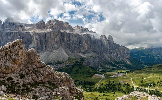 In der Sellagruppe treffen am Piz Boè drei italienische Provinzen zusammen: Südtirol, Belluno und das Trentino.