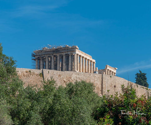 """Die Akropolis in Athen, """"die Oberstadt Athens"""" ist die wohl bekannteste Vertreterin der als Akropolis bezeichneten Stadtfestungen des antiken Griechenlands."""