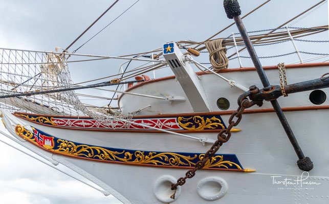 1923 wurde sie vom Norges Rederforbund (Norwegens Reederverband) für 425.000 Kronen auf Initiative ihres späteren Namensgebers Kristofer Didrik Lehmkuhl erworben und nach Bergen überführt.