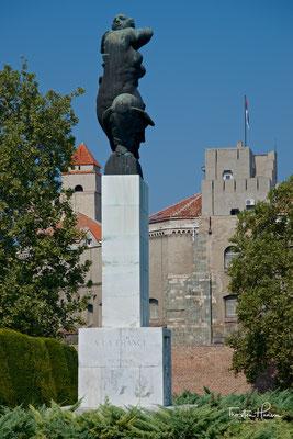 Ivan Mestrovics Dank an Frankreich in Belgrad