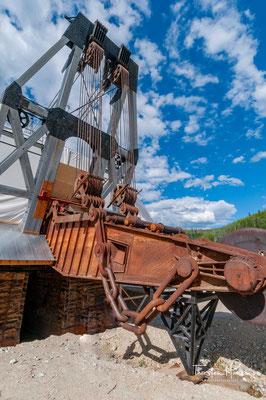 Eine der zwei dutzend Wasserbagger die am Klondike arbeiteten war Dredge No. 4. Sie ist eine der größten, die je im Yukon zum Einsatz kam.
