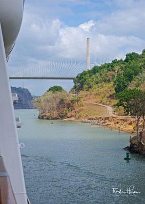 Ein Pylon der Puente Centenario, der Jahrhundertbrücke
