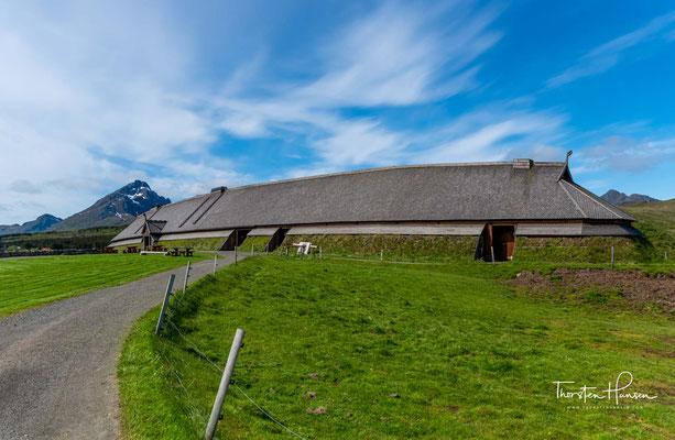 Es gab in Nord-Norwegen 10 – 15 Häuptlingssitze während der Eisenzeit, und Eins war bei Borg, auf den Lofoten.