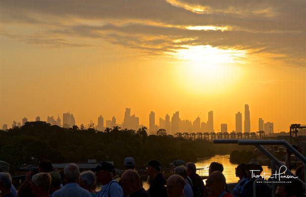 Sonnenaufgang über Panama Stadt