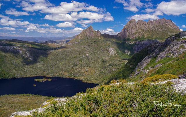 Der Cradle-Mountain-Lake-St.-Clair-Nationalpark (engl. Cradle Mountain-Lake St Clair National Park) ist ein Nationalpark im Zentrum des australischen Bundesstaates Tasmanien.