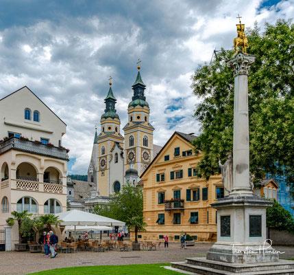 Der Dom zu Brixen ist das Wahrzeichen der Stadt und die Bischofskirche der römisch-katholischen Diözese Bozen-Brixen. Der Dom trägt die Titel Kathedrale und Basilica minor.