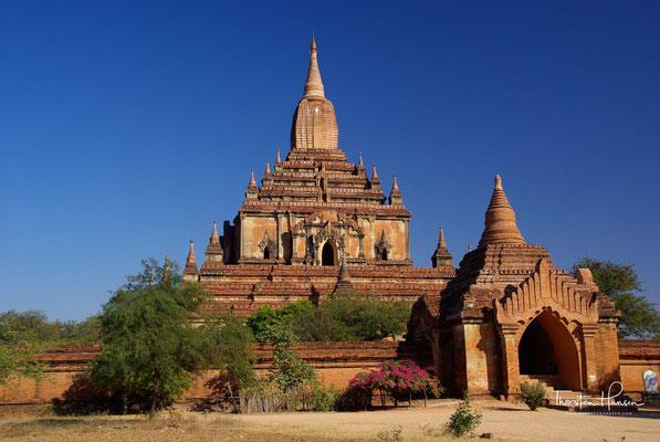 Mit der Flucht des Königs vor den Mongolen wurde der Mythos von Bagan als Brücke zwischen Himmel und Erde endgültig zerstört.