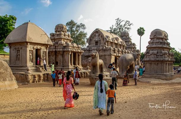 Die Fünf Rathas sind nach den mythischen Pandava-Brüdern aus dem Mahabharata-Epos – Yudhishthira (oder Dharmaraja), Bhima, Arjuna, Nakula, Sahadeva – und deren gemeinsamer Gattin Draupadi benannt.