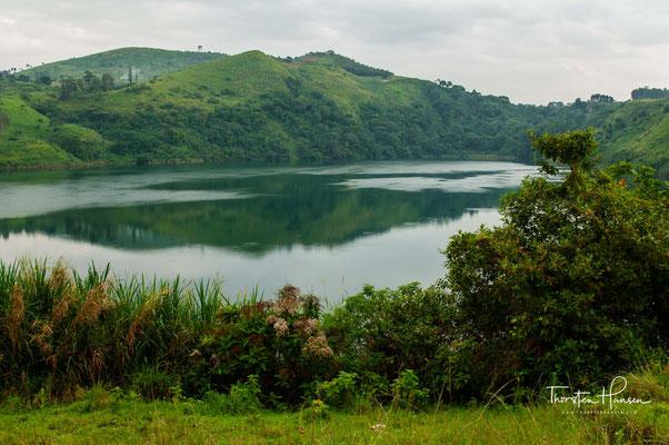 Einige bieten großartige Orte zum Schwimmen, Aussichtspunkte und Naturpfade, die man inmitten von Affen, tropischen Vögeln und herrlichen Sehenswürdigkeiten wandern kann.