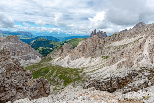 """Blick von der Nives-Scharte nach Süden in das """"Val della Roa"""""""