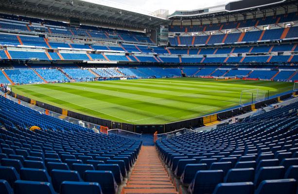 Santiago-Bernabéu-Stadion, Innenraum