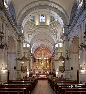 """Die römisch-katholische Catedral Metropolitana de Montevideo ist die Hauptkirche der Katholiken und Mutterkirche (""""Iglesia Matriz"""") des Erzbistums in Montevideo"""