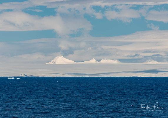 Der Antarctic-Sund (englisch Antarctic Sound) ist ein Gewässer, das etwa 48 Kilometer lang und zwischen 11 und 19 Kilometern breit ist