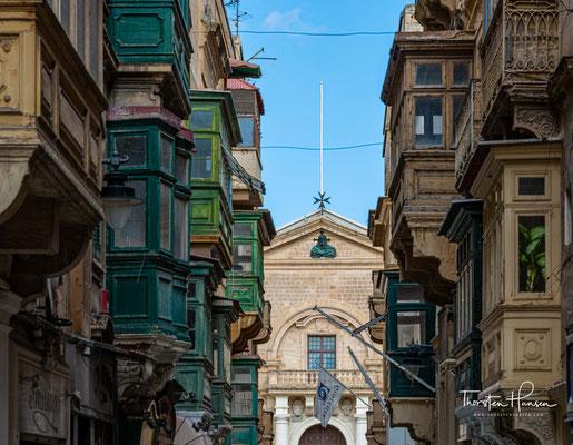 Typischer Straßenzug in Valletta