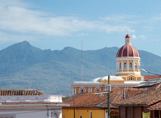 Die 1529 erstmals erbaute Kathedrale gilt als eine der wichtigsten Kolonialbauten Zentralamerikas. Der jetzige Bau stammt aus dem Jahre 1880 und wurde 1905 zum letzten Mal erneuert. Der ursprüngliche Bau wurde bei dem großen Brand 1856 zerstört.