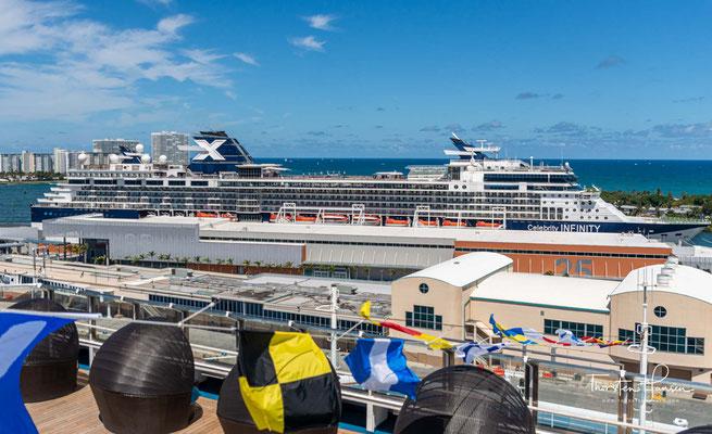 Die Celebrity Infinity (dt. Unendlichkeit) ist ein Panamax-der Reederei Celebrity Cruises. Sie wurde als zweites von vier Schiffen der Millennium-Klasse auf der französischen Werft Chantiers de l'Atlantique in Saint-Nazaire gebaut und am
