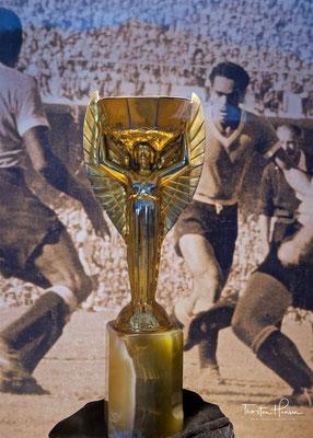 Die Coupe Jules Rimet war von 1930 bis 1970 die Siegestrophäe der Fußball-Weltmeisterschaften