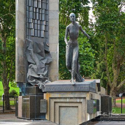 Monumento a Eva Peron