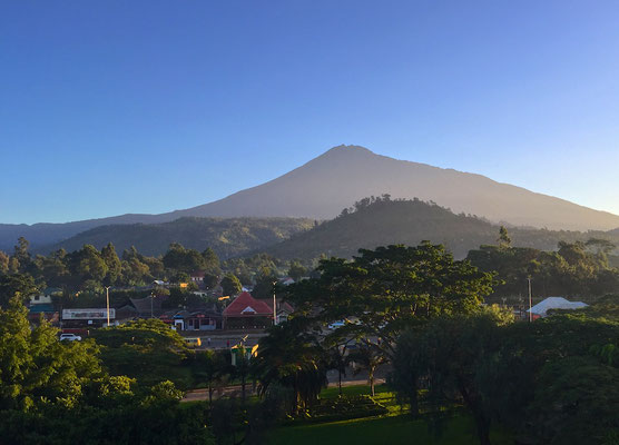 Blick auf dem Berg Meru