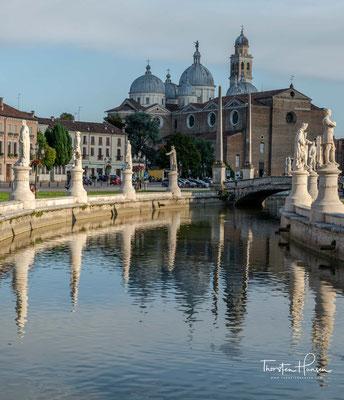 Der Prato mit der Basilika Santa Giustina