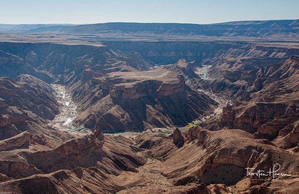 Mit dem Auseinanderbrechen des Urkontinentes Gondwana vor ca. 120 Millionen Jahren und den damit im Zusammenhang stehenden Geländeanhebungen wurde die Fließkraft des Fischflusses weiter verstärkt