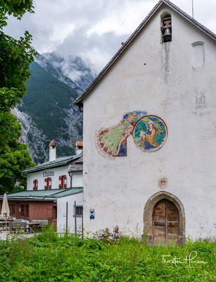 Sankt Magdalena im Halltal ist ein ehemaliges Kloster und heute ein Ausflugsziel mit Gasthaus im Halltal.  Im Winter wird von Sankt Magdalena eine Rodelbahn durch das Halltal hinaus präpariert.