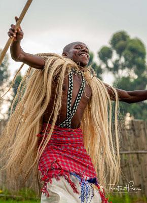 Die Fischer auf den Inseln und Ufern von Lake Kivu würden tanzen, während sie ihr Können beim Angeln zeigen.