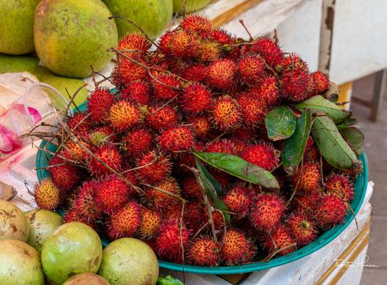 Rambutan Frucht - eine Verwandte der berühmten Litschis