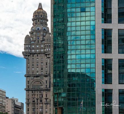 Heute gilt der Palacio Salvo als Wahrzeichen Montevideos und nostalgische Erinnerung an die Periode der Prosperität Uruguays im ersten Drittel des 20. Jahrhunderts.