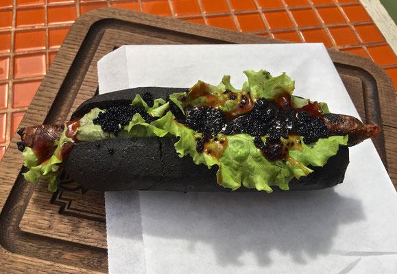 Russischer Hot Dog in Jaroslawl