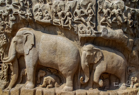 Aber die Dinge geschahen nicht wie geplant und der König bemerkte, dass der Fluss die ganze Erde überschwemmen würde. Daher tat er Buße mit dem Ziel, Hilfe von Shiva zu erhalten, um die zu erwartende Katastrophe abzuwenden.