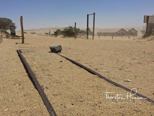 Schienen einer vergangenen Zeit in Kolmanskuppe