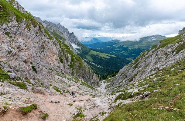 Beim Blick zurück schweift der Blick über die Sarntaler und Ötztaler Alpen