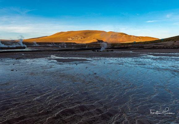 Der Vulkan El Tatio befindet sich in Chile in der Región de Antofagasta und ist Teil der Anden östlich der Atacama-Wüste. Der Krater liegt auf ca. 4280 m.