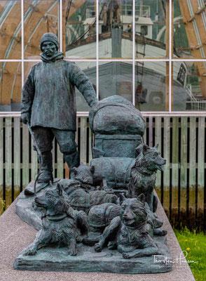 Helmer Julius Hanssen (* 24. September 1870 in Bjørnskinn, heute Teil der Kommune Andøy; † 2. August 1956 in Tromsø) war ein norwegischer Polarforscher. Er begleitete Roald Amundsen auf mehreren Expeditionen.