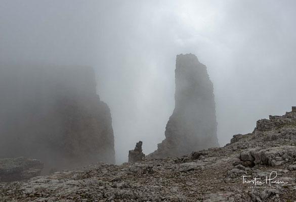 Die Natur als Baumeister: Wie ein riesiger Zahn ragt der 2861m hohe Bergerturm gen Himmel.