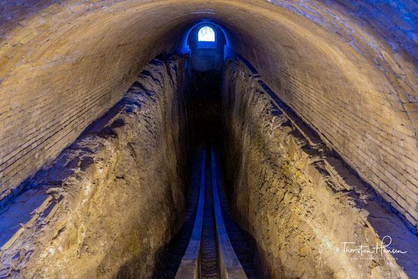 Unterirdische Teile des Sextanten de Ulug Begs Observatorium in Samarkand