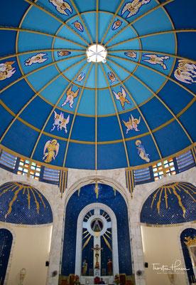 Die katholische Kirche Nuestra Señora de la Soledad (deutsch Maria-Einsamkeit-Kirche) in Acapulco, der größten Stadt des Bundesstaats Guerrero in Mexiko, ist die Kathedrale des Erzbistums Acapulco. Die Kirche steht an der Plaza Álvarez.