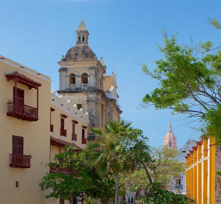 Der Stadtteil Getsemaní ist das Szeneviertel der Innenstadt. Folglich sind die Restaurants und Bars etwas günstiger, genau wie die Unterkünfte, darunter viele Hostels.