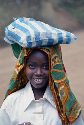 Mädchen  in den Usambara Bergen