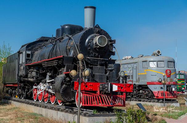 Dampflok E-266 in dem Eisenbahn Museum von Mongolei in Ulaanbaatar